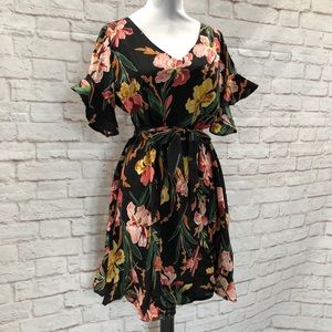Dresses & Skirts - NEW Retro 40s Black Ruffled Floral Belted Dress S